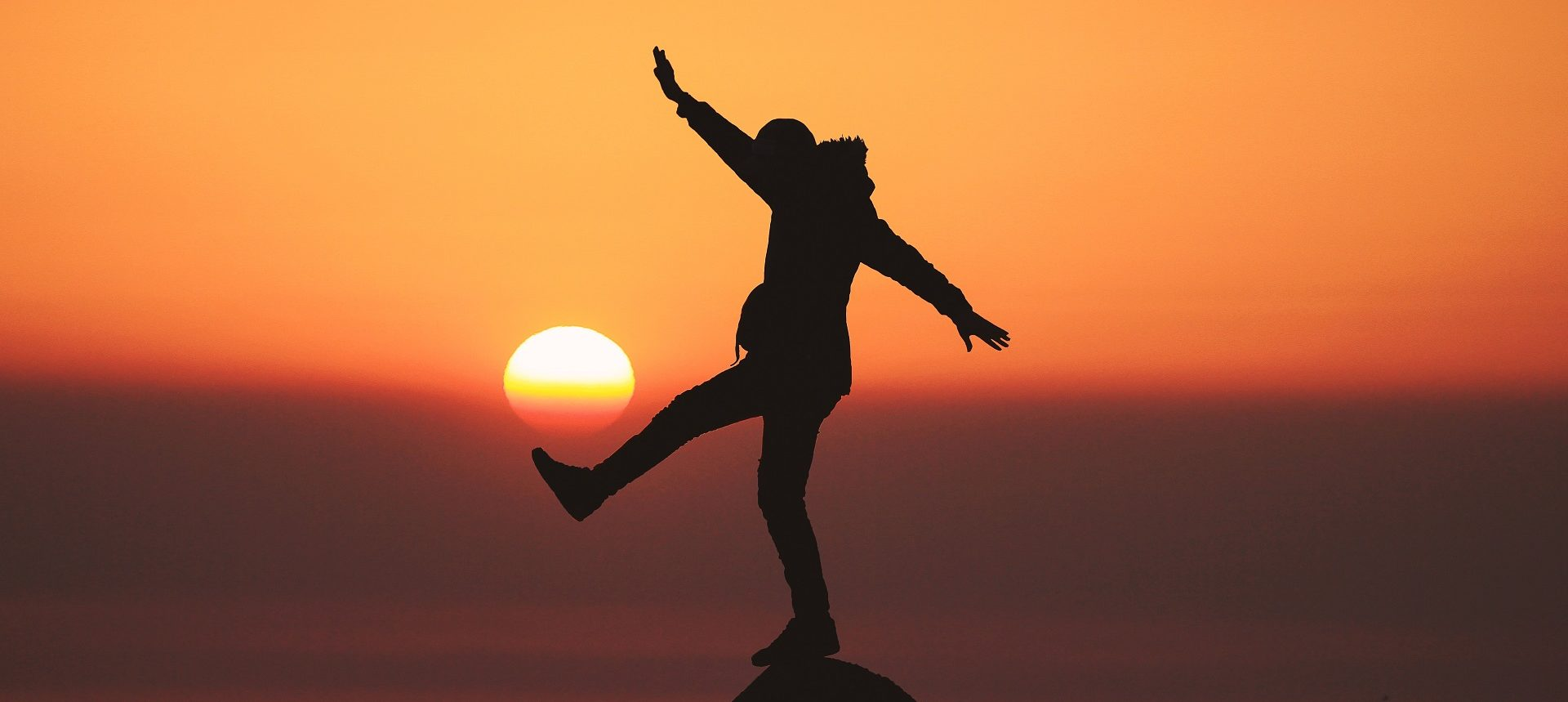 balans między pracą a życiem, balans życie praca, balans pomiędzy życiem osobistym a pracą, jak utrzymać balans między pracą a życiem, po co utrzymywać balans między pracą a życiem, dlaczego warto utrzymywać balans między pracą a życiem, praca i życie w balansie